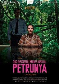 "Movie poster for ""GUD EKSISTERER, HENDES NAVN ER PETRUNYA"""