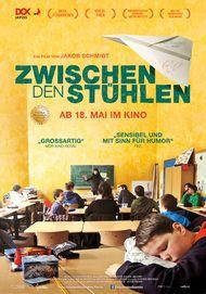 """Filmplakat für """"Zwischen den Stühlen"""""""
